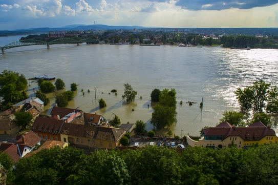 Among many other impacts, the IPCC WGII report finds that the fraction of the world's population affected by major river floods will increase as the climate warms. Overall, the report concludes that the world is largely ill-prepared for the climate impact