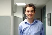 Dr. Justin Goldstein